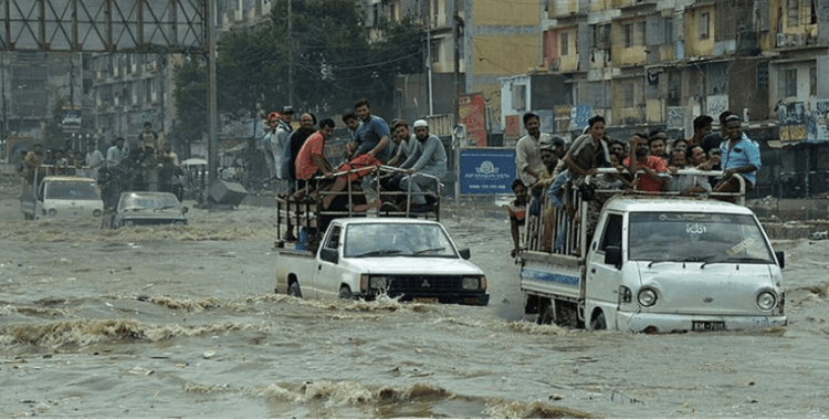 Pakistan'da sel: 7 ölü, 11 yaralı