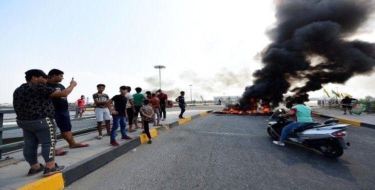Bağdat'ta hükümet karşıtı gösteriler devam ediyor: 15 yaralı