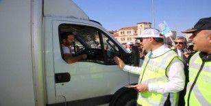"""Sivas'ta etkinlikleri """"Yaya Geçidi Nöbeti"""" farkındalık etkinlikleri"""