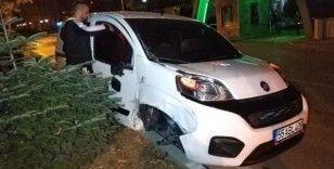 Samsun'da 2 otomobile çarpan aracın sürücüsü kaçtı
