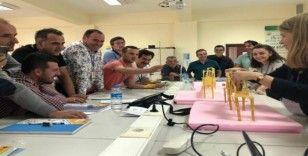 TİKA'dan Makedonyalı öğretmenlere STEM eğitimi