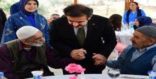 Büyükşehir Belediyesi 1 Ekim'de yaşlıları unutmadı