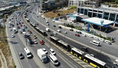 Metrobüsten yıllık 165 milyon dolar gelir elde ediliyor