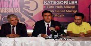 Osmangazi'de mikrofon gençlerde