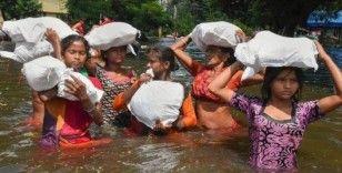 Hindistan'da 3 günlük sel bilançosu: 73 ölü