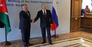Putin ülke liderleriyle bölgesel konuları görüştü