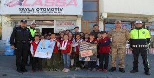 """Çat'ta """"Yaya Güvenliği Nöbeti"""" etkinliği düzenlendi"""