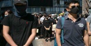 Hong Kong'ta gösterilerde maske takılması yasaklanacak