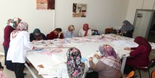 Meram'da kadınlar, tekstilin tüm inceliklerini öğreniyor
