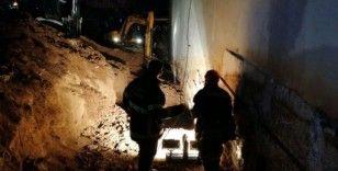 Kanalizasyon çalışmasında toprak kayması: 1 ölü