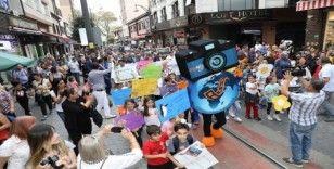 'Bursa Foto Fest'e renkli kortej