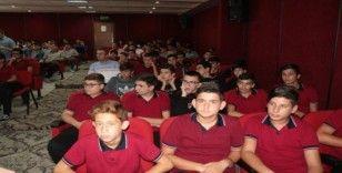 Öğrenciler Başkan Dağlı ve Avukat Özçelik'i ağırladı
