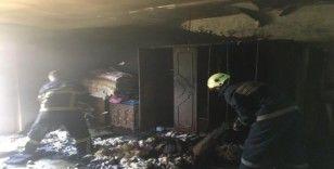 Ev yangınında maddi hasar oluştu