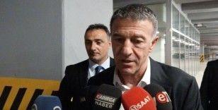 """Ahmet Ağaoğlu: """"Canını dişine takarak mücadele eden bir takımımız var"""""""