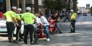 Los Angeles'dan getirilen elektrikli bisiklete 7 bin 200 lira ceza kesildi