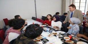 AGÜ'de Öğrenci buluşmaları