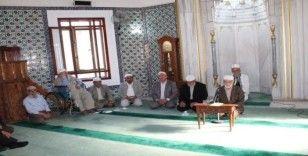 Tosya'da emekli din görevlileri mevlit okudu