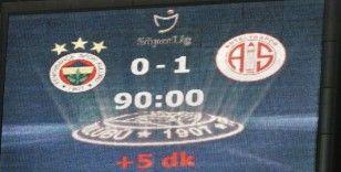 Fenerbahçe, Kadıköy'de 342 gün sonra kaybetti