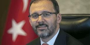 Bakan Kasapoğlu'ndan Şahika Ercümen'e tebrik mesajı