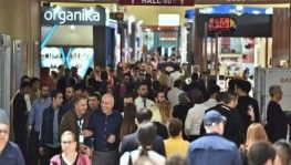 Vatandaşlar Beauty İstanbul Güzellik ve Kozmetik Fuarı'na akın etti