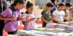 Manisa Kitap Fuarı on binlerce ziyaretçiyi ağırladı