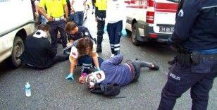Motosikletiyle kediyi ezmemek için kaza yaptı: 2 yaralı