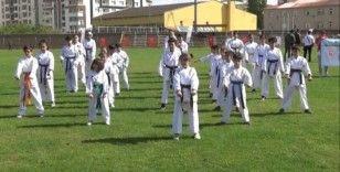 Muş'ta Amatör Spor Haftası kutlamaları başladı