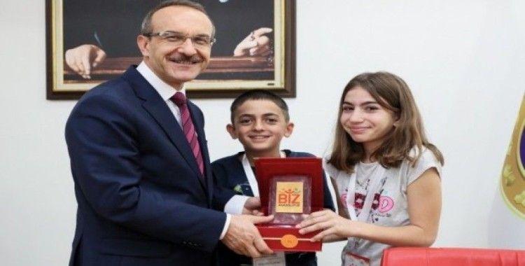 Vali Yavuz, Tunceli'den çocukları ağırladı