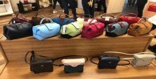Çanakkale'de, orjinal olmayan çok sayıda çantaya el konuldu