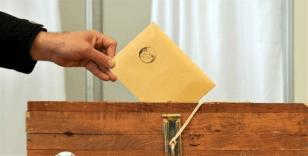 Kosova'da seçimin galibi Albin Kurti'nin partisi