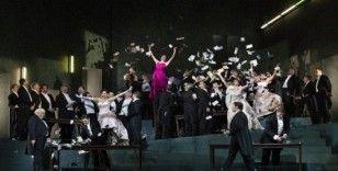 Met Opera perdesi Turandot ile açılıyor
