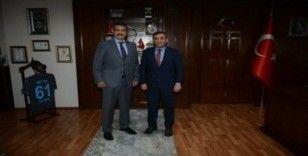 Temel Altunbaş Trabzon İl Emniyet Müdürü Metin Alper'i ziyaret etti