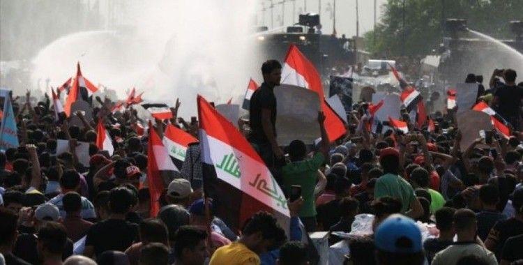 Üç Arap ülkesinde göstericilerin talepleri karşılık buldu