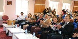"""Rektör Bağlı İİBF'de """"Avrupa Birliği'nin Kuruluş Felsefesi"""" üzerine konuştu"""