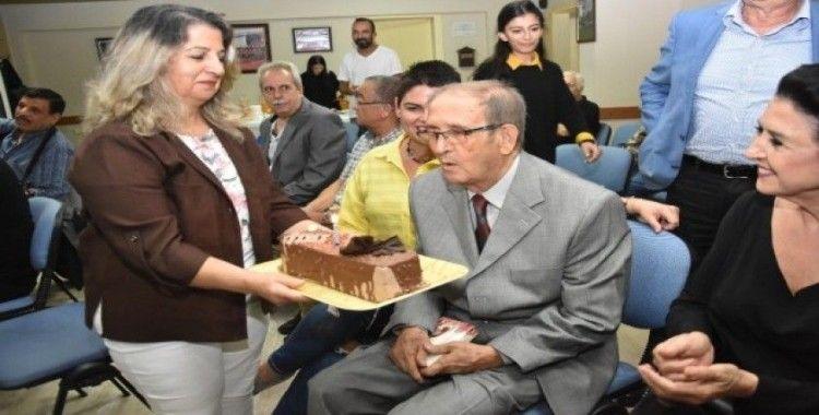 Şef Lütfi Selek'e 87. yaş sürprizi