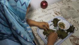 Kanser Hastası Kadın Sardığı Sarmalarla Öğrencilere Burs Veriyor