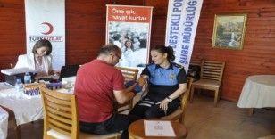 Mersin polisinden örnek davranış: Kök hücre bağışında bulundular