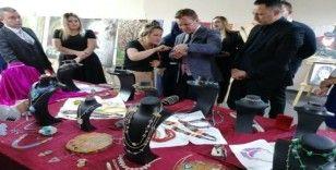 Alaşehir'de Boncukların Dansı sergisi açıldı