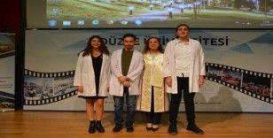 Hekimlik mesleğine beyaz önlüğü giyerek adım attılar