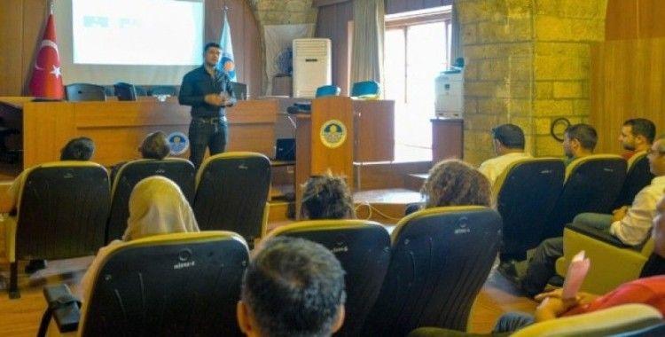 Mersin'de belediye personeline 'Öfke ve stres kontrolü' semineri