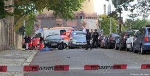 Sinagog saldırganının silahı ateş almayınca, dönercide bulunanlar ölümden kurtuldu