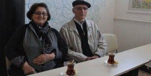 Sırbistanlı Boşnak çift 70'li yaşlarında Türkçe öğreniyor