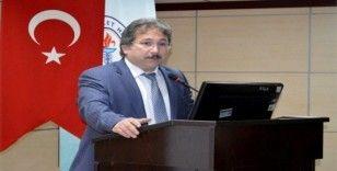 Kayseri'de Diş Hekimlerine Yönelik Akılcı Antibiyotik Sempozyumu Düzenlendi