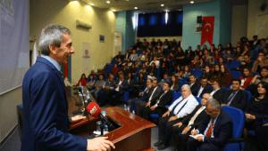 Bakan Soylu, HDP önünde eylem yapan aileleri ziyaret etti