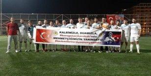 Futbol turnuvasında Barış Pınarı Harekatına pankartlı destek