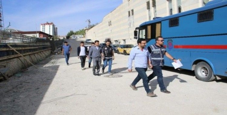 FETÖ'nün Polis Akademisi 'mahrem imamı' yakalandı