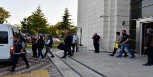 Akhisar'da uyuşturucu operasyonu: 7 kişi tutuklandı