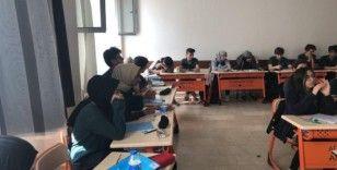 Öğrencilerden askerler için Fetih Suresi