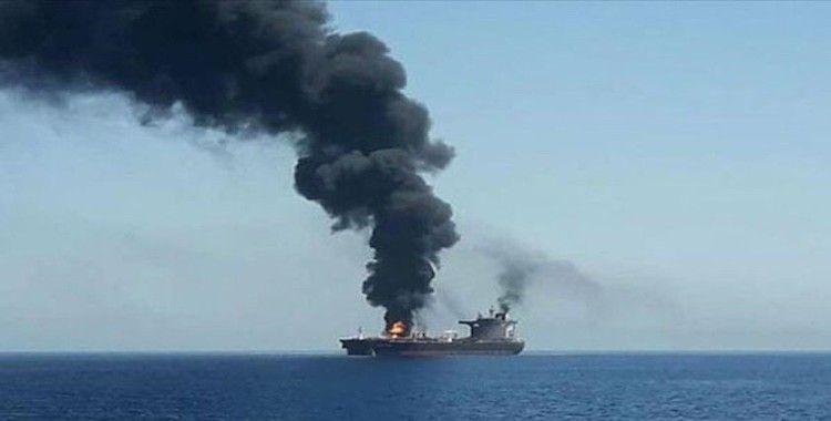 İran'a ait petrol gemisinde patlama