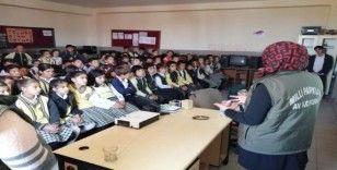 """Muradiye'de öğrencilere yönelik """"biyolojik çeşitlilik'' eğitimleri"""